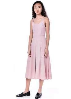 the editors market pink maxi dress #dressforsuccess30
