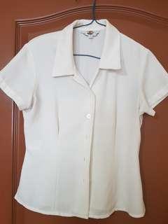 Celia Loe  pre loved white crop top #dressforsuccess30
