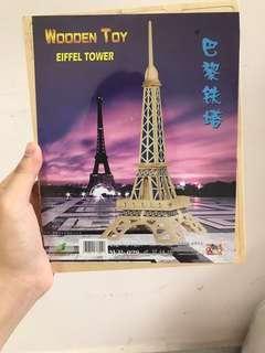 🚚 Wooden Eiffel Tower