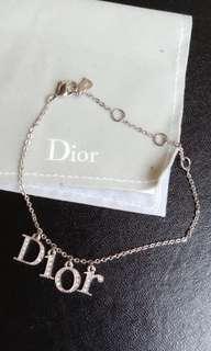 Christian Dior 迪奧水鑽手鍊 ,細腳可當腳鍊使用《英文字可隨姿勢滑動》保證真品