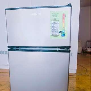 [二手近全新]美國Frigidaire E-STAR系列 90L雙門冰箱