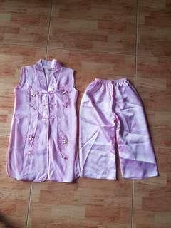 🚚 Brand new Vietnamese traditional pants suit for girls