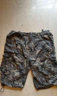 Hunter short army grey  and black size 38 US