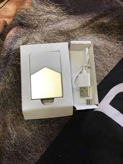 marlboro gold lighter
