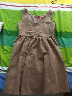 購自美芝復古裙