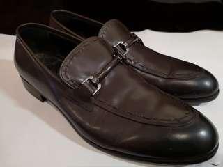🚚 Salvatore Ferragamo leather formal shoes brown