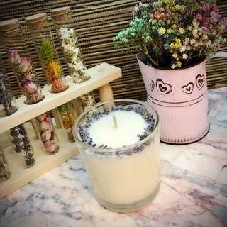 🚚 療癒款~獨一無二手工製作天然香氛精油按摩大豆蠟燭,每款都有添加超滋潤乳油木果,融化的蠟油可以用來滋潤肌膚喔~