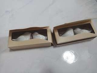 🚚 Salt And Pepper Shakers