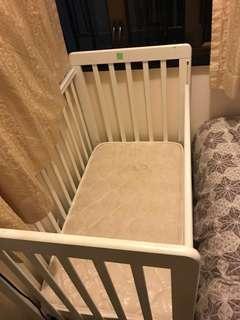 嬰兒床 Baby cot bed with mattress