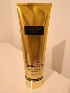 Victoria's secret body lotion coconut passion