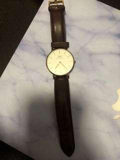 🚚 Authentic DW watch 36MM (Condition: 6/10)