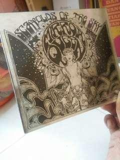 CD Mirror Queen