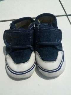 #bapau sepatu baby