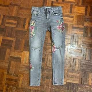 Zara Ribbed with Flower Pattern Jeans
