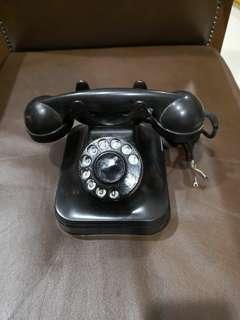 Vintage phone 1940s