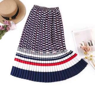 🚚 Plated skirt