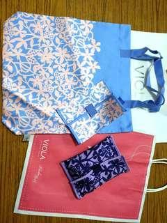 VIOLA per Donna 粉紅花藍底光絲手提布袋