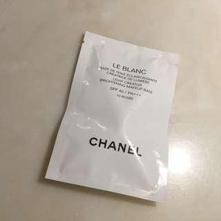 Chanel Light Creator Brightening Makeup Base Sample