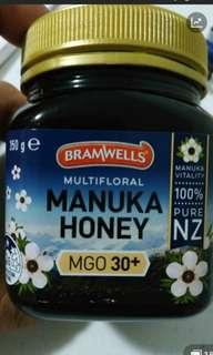 🚚 2 bottles Manuka Honey affordable ($28)