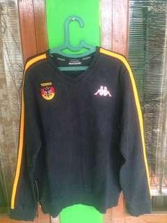 Sweatter black stripe yellow