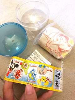 2005年絕版小飛象Dumbo扭蛋 日本Yujin 吹氣杯墊杯托水抱水泡公仔玩具