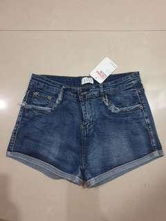 Elle Denim Shorts (Size S)