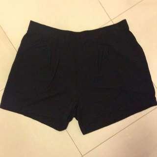 H&M Foley Black Shorts