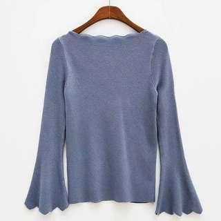 💙灰藍色花瓣波浪紋喇叭袖針織長袖衫👕Greyish blue knitted top with petal flare sleeves