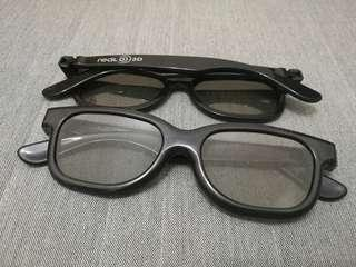 3D glasses for 3D movies