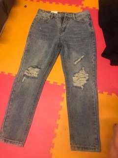 🚚 小破損牛仔褲