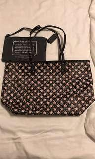 🚚 BN Authentic coach reversible tote