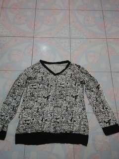 White Black Tshirt
