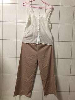 🚚 蕾絲背心+卡其色長褲 整套一起賣