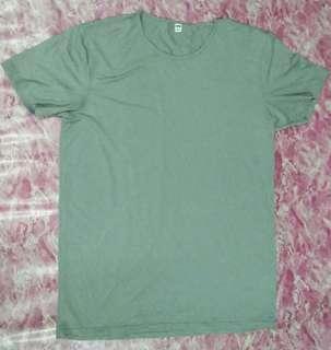Tshirt Uniqlo
