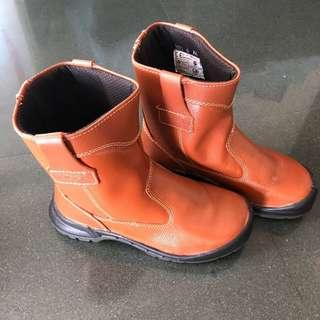 🚚 [Reduced for Clearance] Brown High-Cut Leather Construction Boots - Honeywell King's