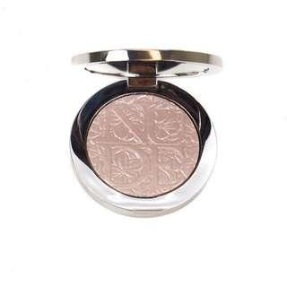 Dior highlighter