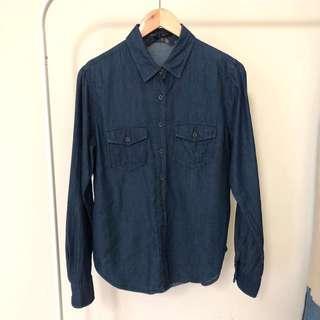 深藍牛仔襯衫