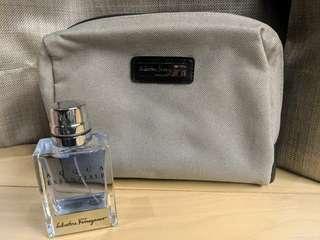🚚 Salvatore Ferragamo Men's Travel Kit with Acqus Essenziale Parfum 30ml
