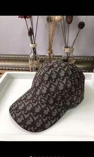 Gucci ysl Chanel Hermes mcm caps