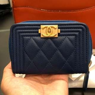 🚚 Chanel card holder