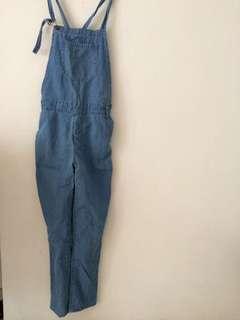 Overall Jeans / jumpsuit terusan panjang