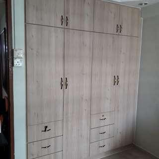HDB Full Height Custome Made Wardrobe