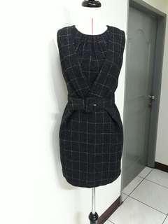 ★女黑洋裝,附腰帶,★滿五件,寄全家或7-11店到店免運喔!