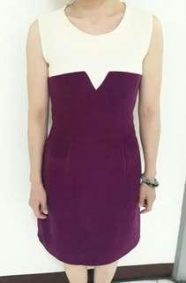 ★紫色白色拼接洋裝,模特兒尺寸是S號。★滿五件,寄全家或7-11店到店免運喔!