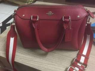 Coach Sling Bag Original comes with metal mirror with case