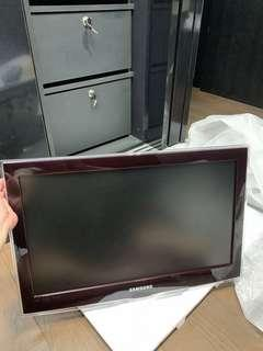Samsung LED TV 22""