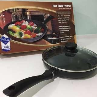Non-stick Fry Pan 24cm with Glass Lid