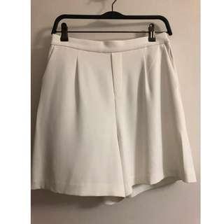 Uniqolo Shorts