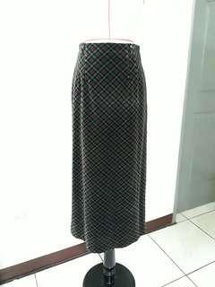 ★復古菱格紋長裙,★商品滿五件,寄全家或7-11店到店免運喔!