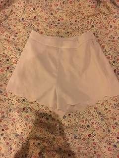 H&m scallop shorts